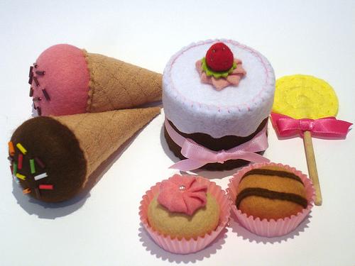 Как сделать игрушечные сладости